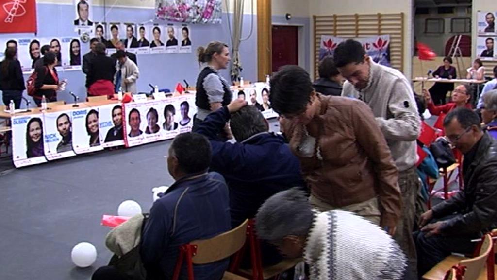 Vælgermøde i Katuaq