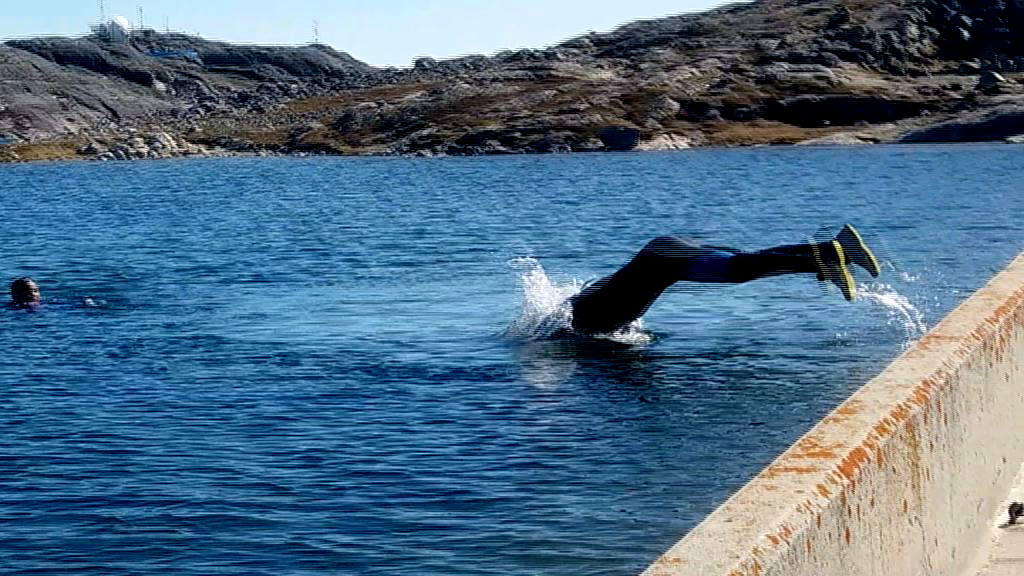 Vandsøen folk svømmer i
