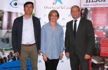 La-presidenta-de-Fundació-Bona-Llum-Oftalmedic-Elena-Palomeque-el-gerente-de-Misol-Rafael-Mas-y-el-director-de-Banca-de-Instituciones-de-CaixaBank-en-Baleares-Marc-Ponsetí