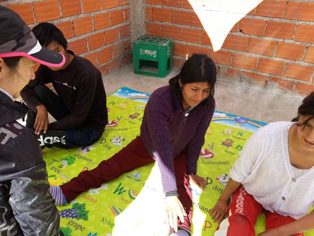 Proyecto MISOL de salud en Sucre (corazones y cruces rojas)