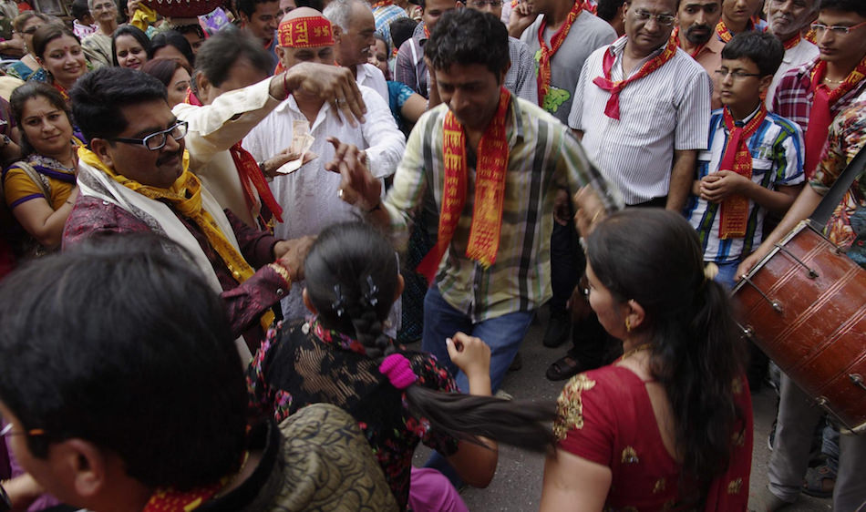 hindistan dans