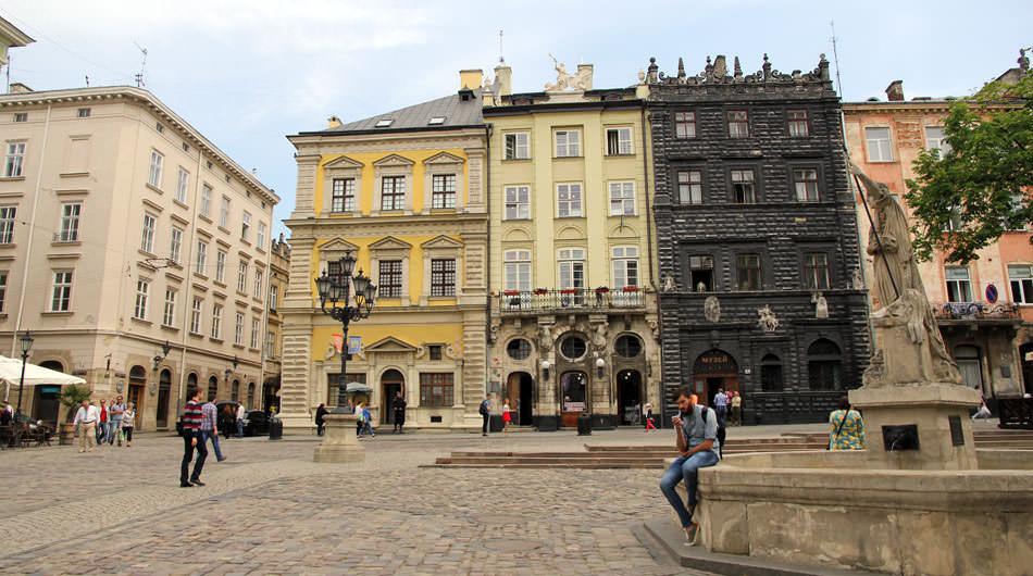 lviv-rynok-müzeler