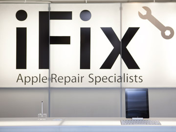 iFix Cape Town Reception Desk