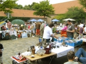 Trödelmarkt im Engelshof