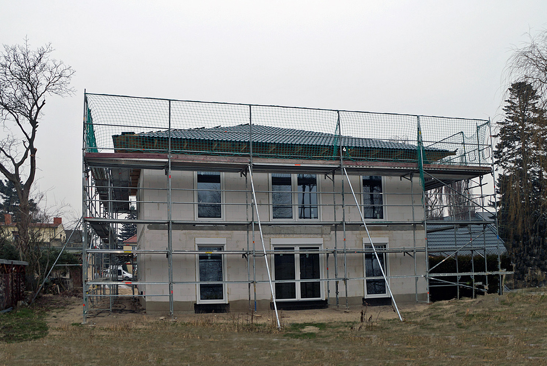 Stadtvilla und bungalow in berlin am for Massivhaus berlin