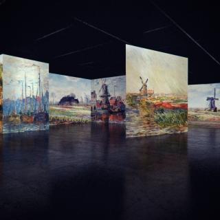From Monet to  Klimt , Art in Motion