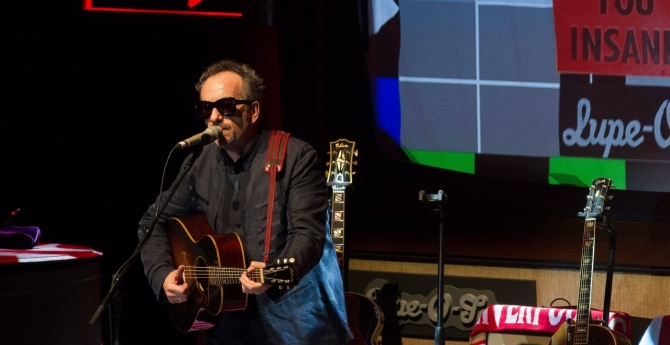 Elvis Costello live 2017 in Hamburg