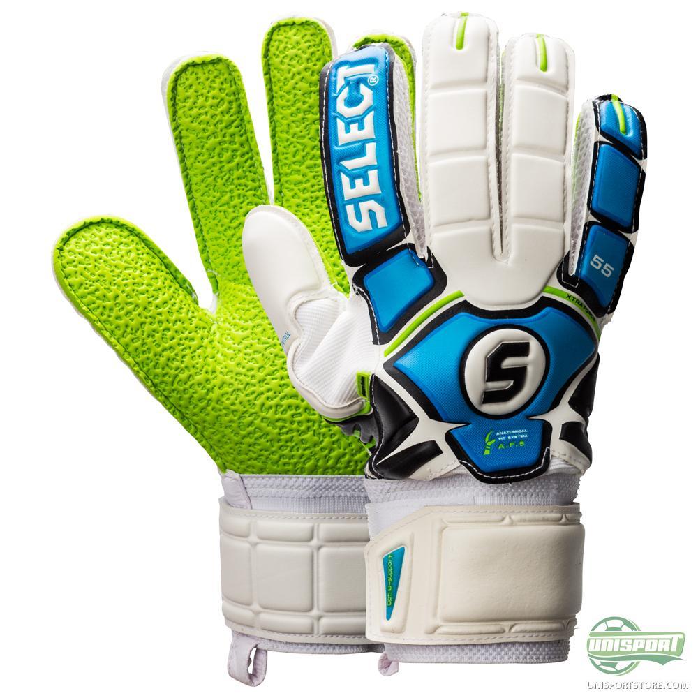 image Latex gloves gives a beautiful blowjob