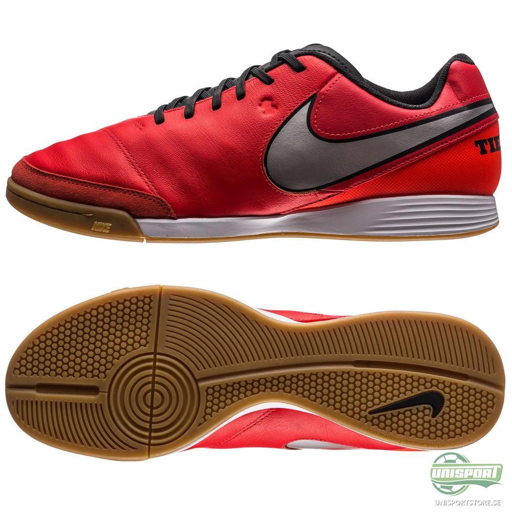 Nike Tiempo Genio II IC Röd/Silver