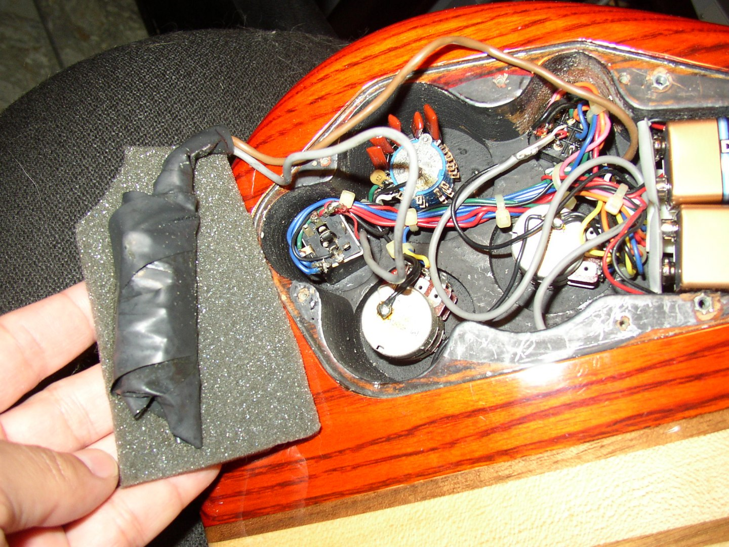 Aria Pro Ii Sb 1000 Bass Electronics Restoration In Progress And Varitone Switch Wiring Diagram Now Theres The Beast Of A Sounds Great But Its Like Faberg Egg To Construct