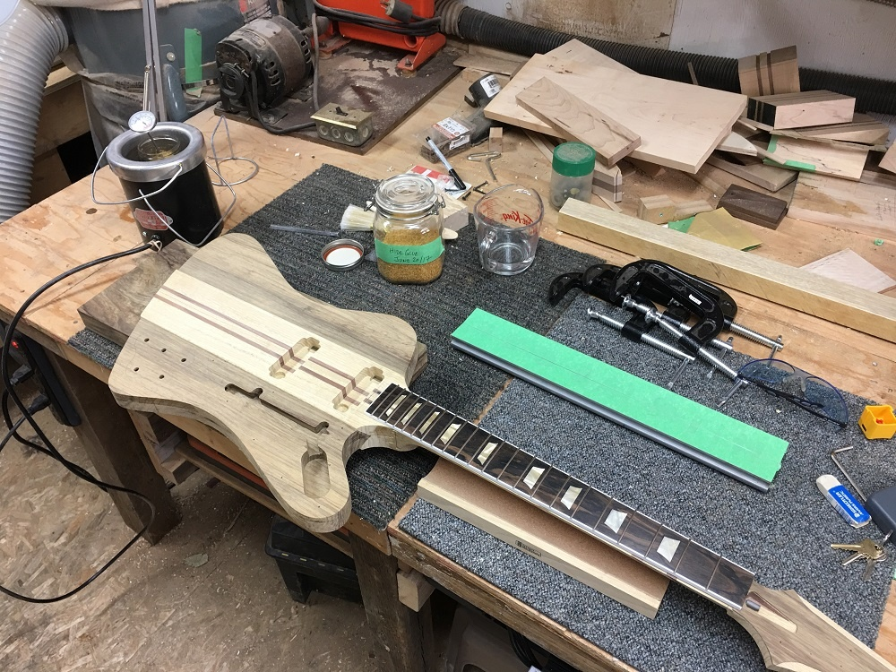 FB-19_glue-up.jpg.726e953afe6e600960e3d3765741ed6b.jpg