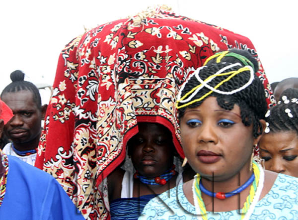 the osun festival The festival offers visitors the opportunity to visit the great osun grove, a sacred  forest along the banks of the osun river just outside the city of.
