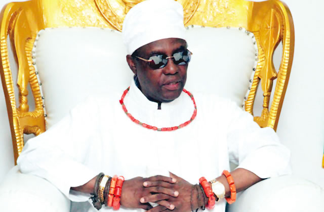 Image result for photo of oba of benin receives staff