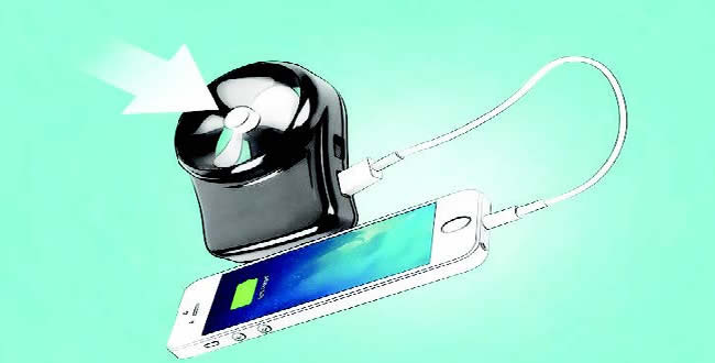 Five ways to charge smartphones without chargers