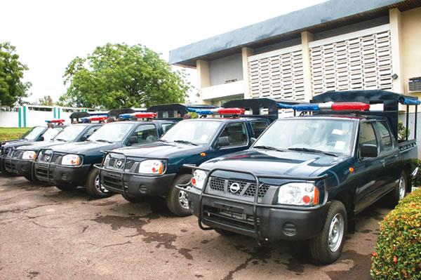 Robbers snatch police van, kill one in Ekiti