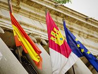 Reforma estructural: Banderas de España