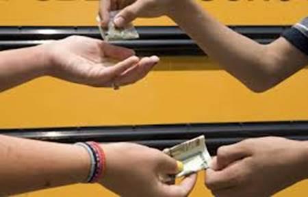 Hacienda legalizar trafico de drogas prostitución