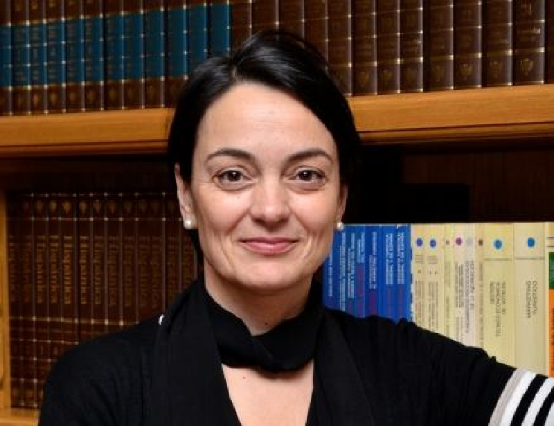 Gloria Caballero Núñez CNMV