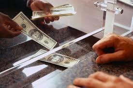 Soy cliente de un banco online donde puedo ingresar y sacar dinero col