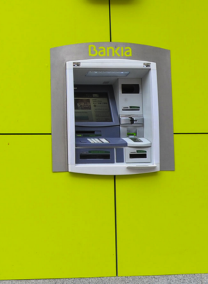 Cajeros bankia permite sacar dinero gratis servired col