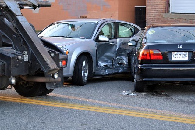 ¿Que hacer si tnego un accidente de coche?