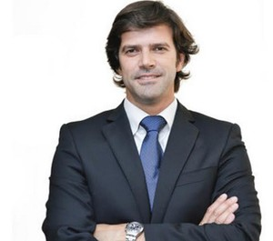 Francisco oliveira col