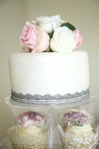 wedding cake photograph suffolk