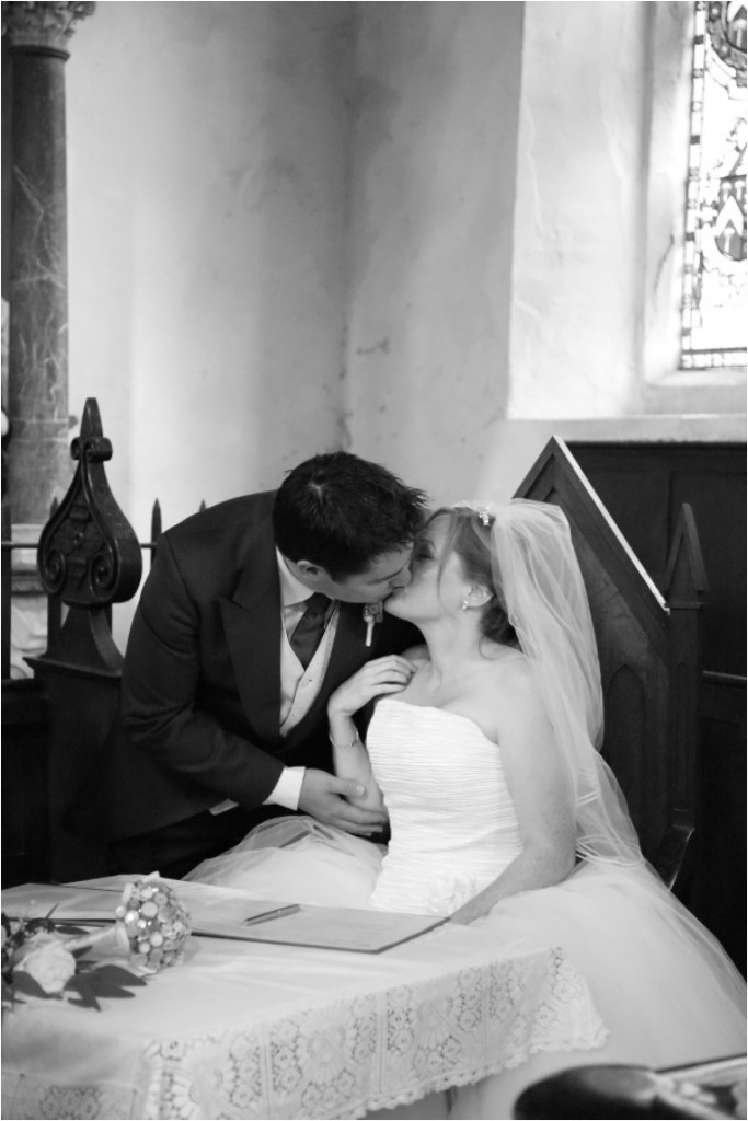 suffolk-village-hall-wedding-photography_0029