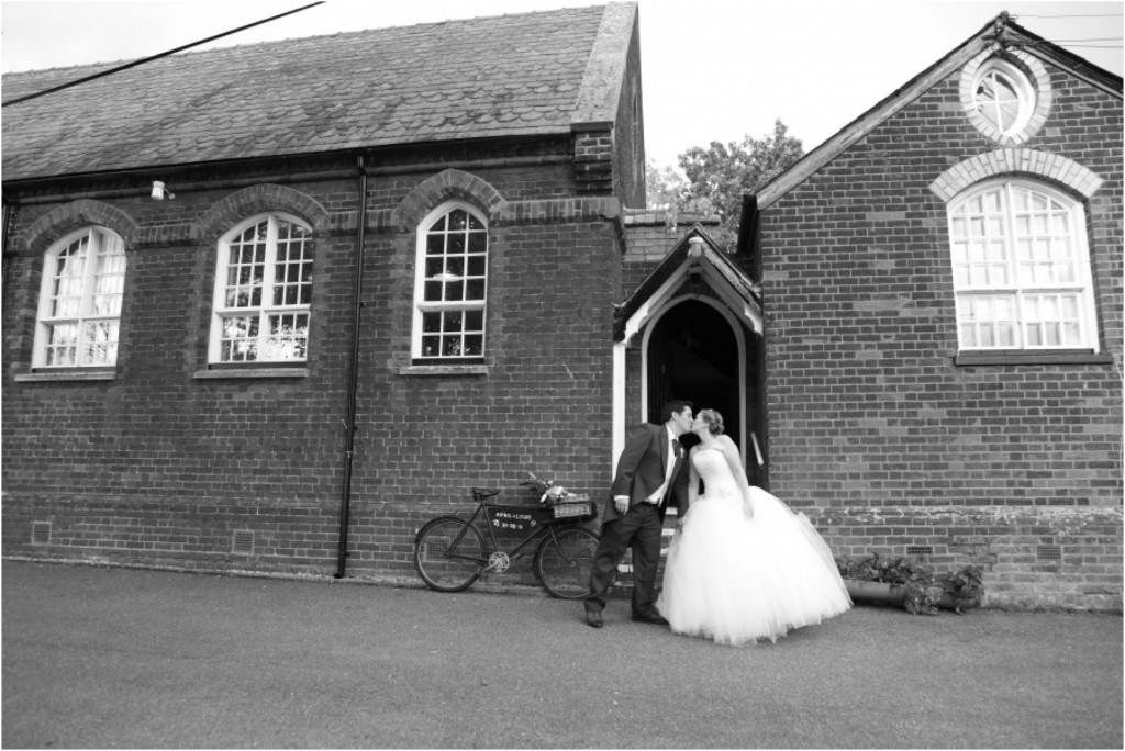 suffolk-village-hall-wedding-photography_0055