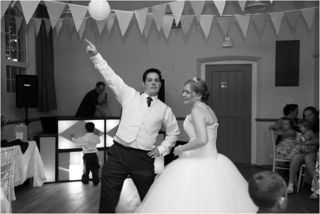 suffolk-village-hall-wedding-photography_0088