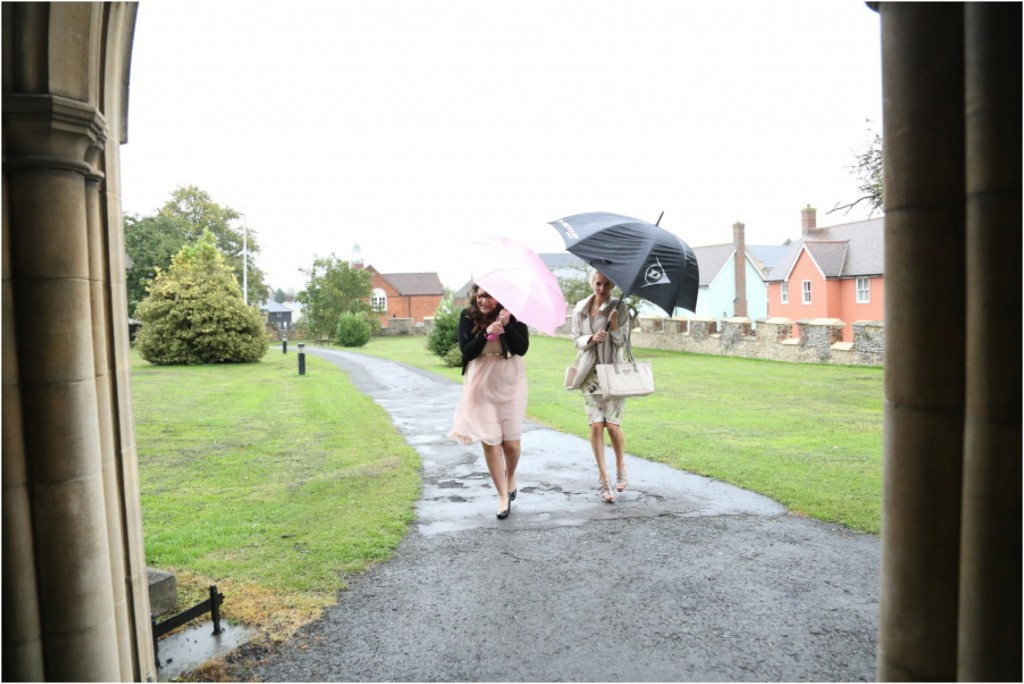 rainly wedding photography in essex