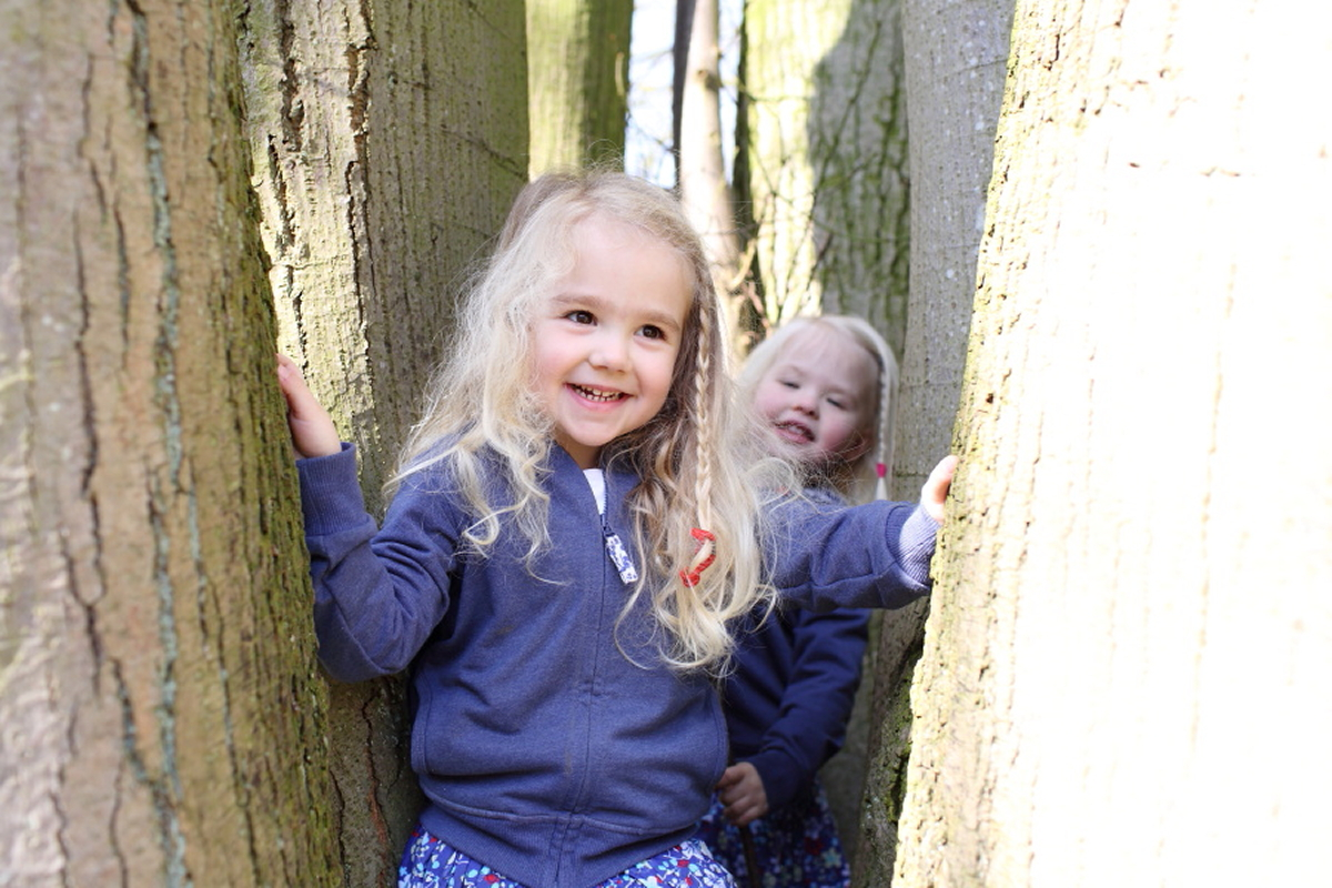 fun-twins-kids-family-photography