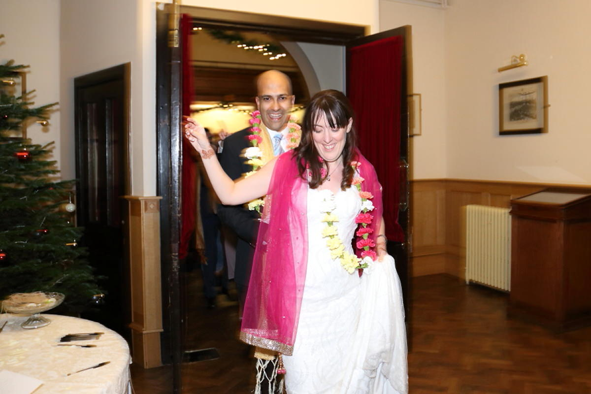 traditional indian wedding dance at cambridge union society