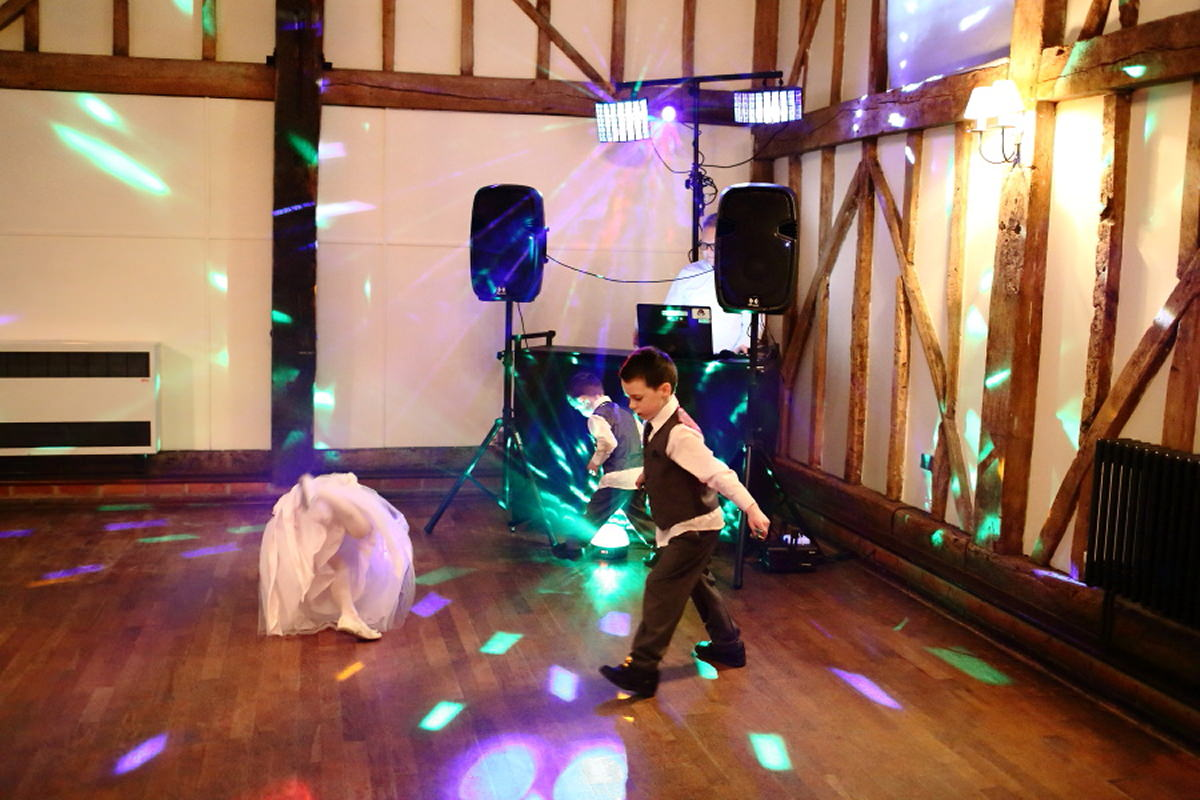 disco fun at channels golf club wedding