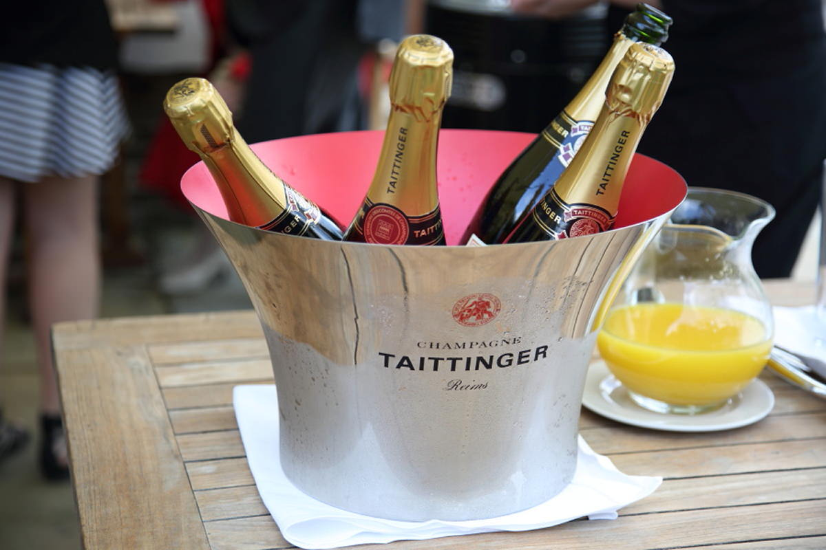 champagne at le talbooth wedding in essex