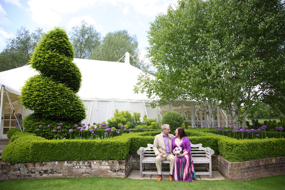colourful summer wedding at le talbooth essex