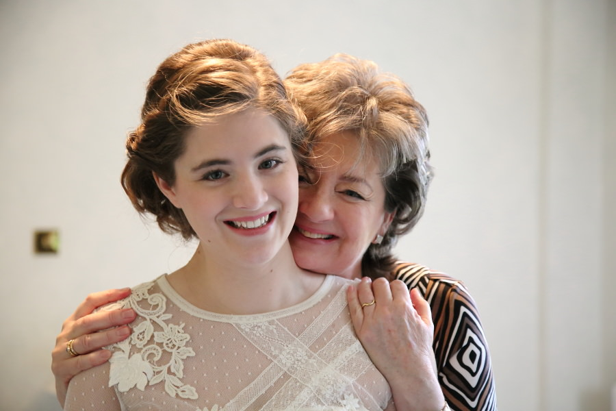 mother and daughter, nowton wedding photography