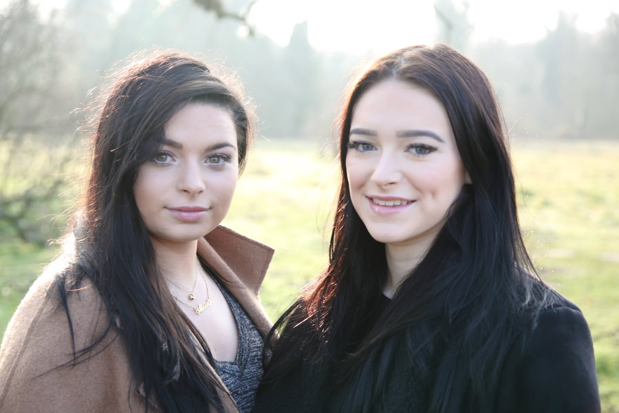 beautiful sisters at early morning photo session in Cambridge