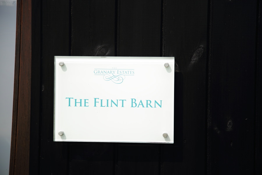 Granary Estates Flint Barn wedding