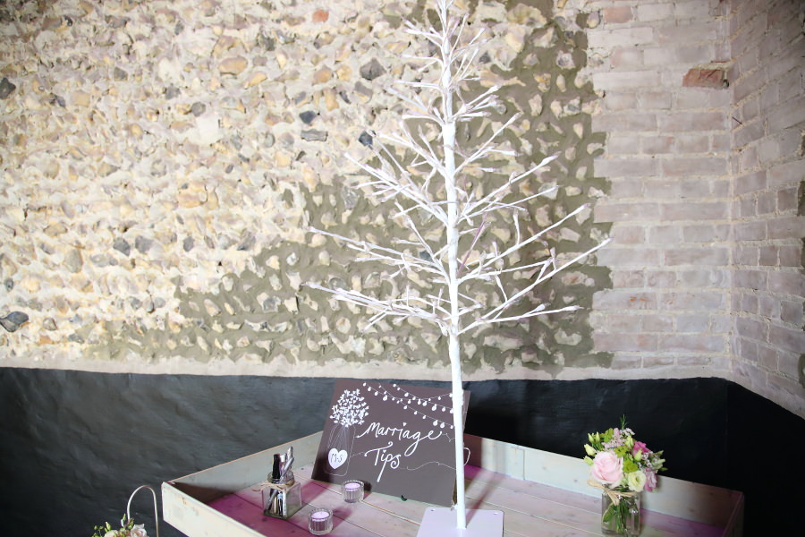 marriage tips tree at suffolk wedding