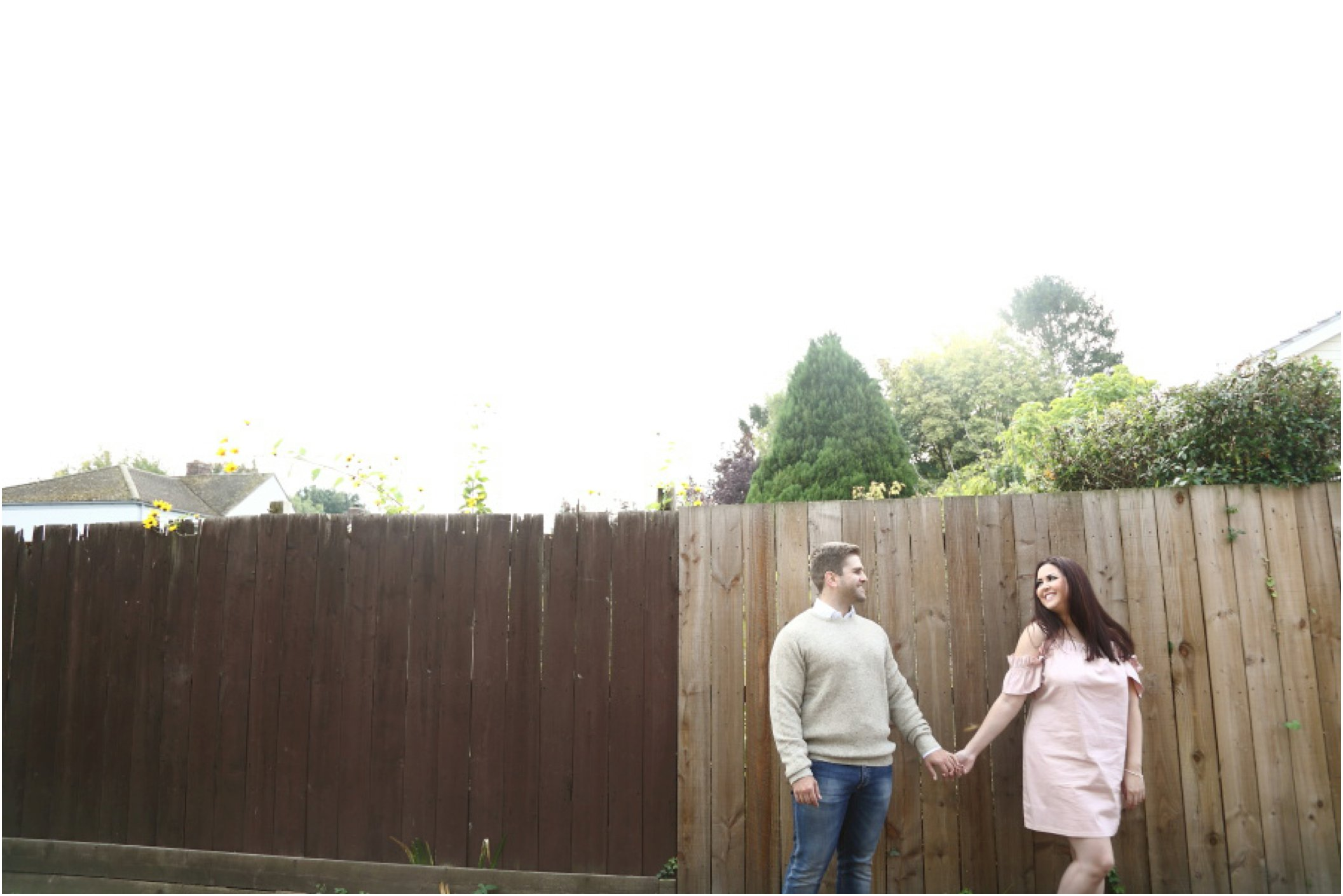 romantic relaxed engagement photography in Duxford