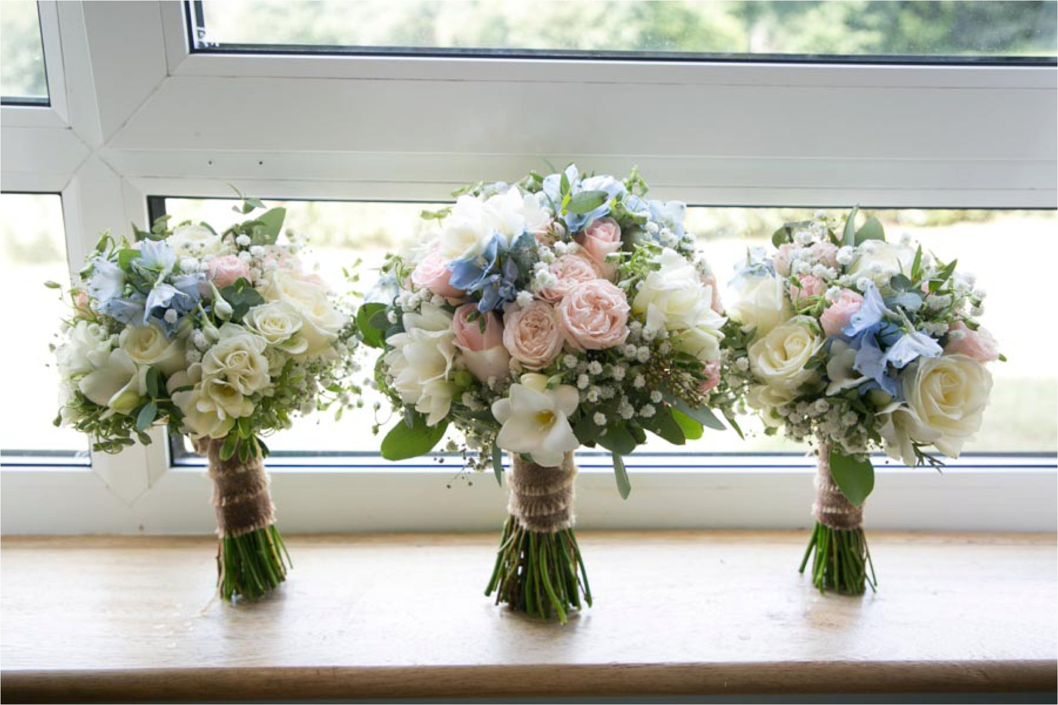 pastel wedding flowers stoke by nayland golf club wedding