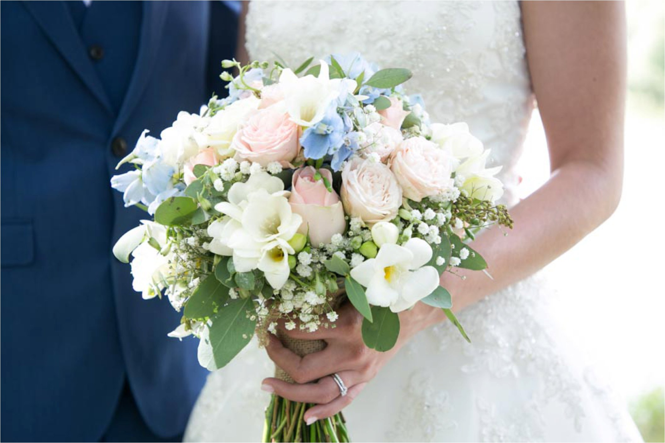 pastel pink and blue wedding flowers