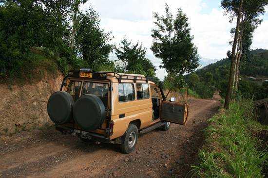 Rough 4x4-ing in rural Rwanda in search of gorilla