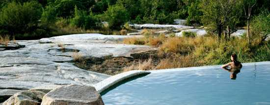 Swimming pool at Granite Suite: Londolozi