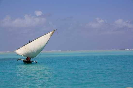 Enjoy a ride ona traditional dhow in Mozambique