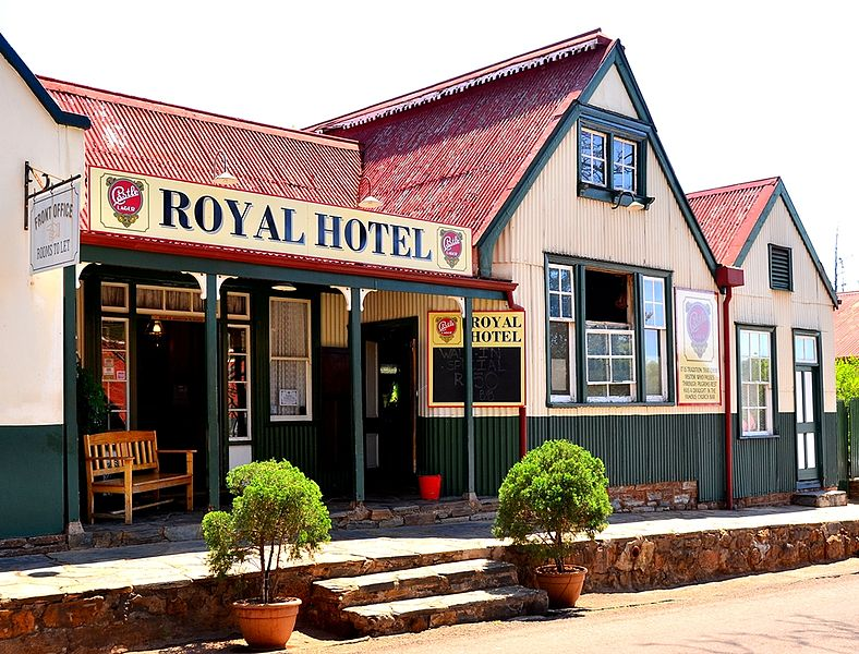 the-royal-hotel-in-pilgrims-rest-panorama-route
