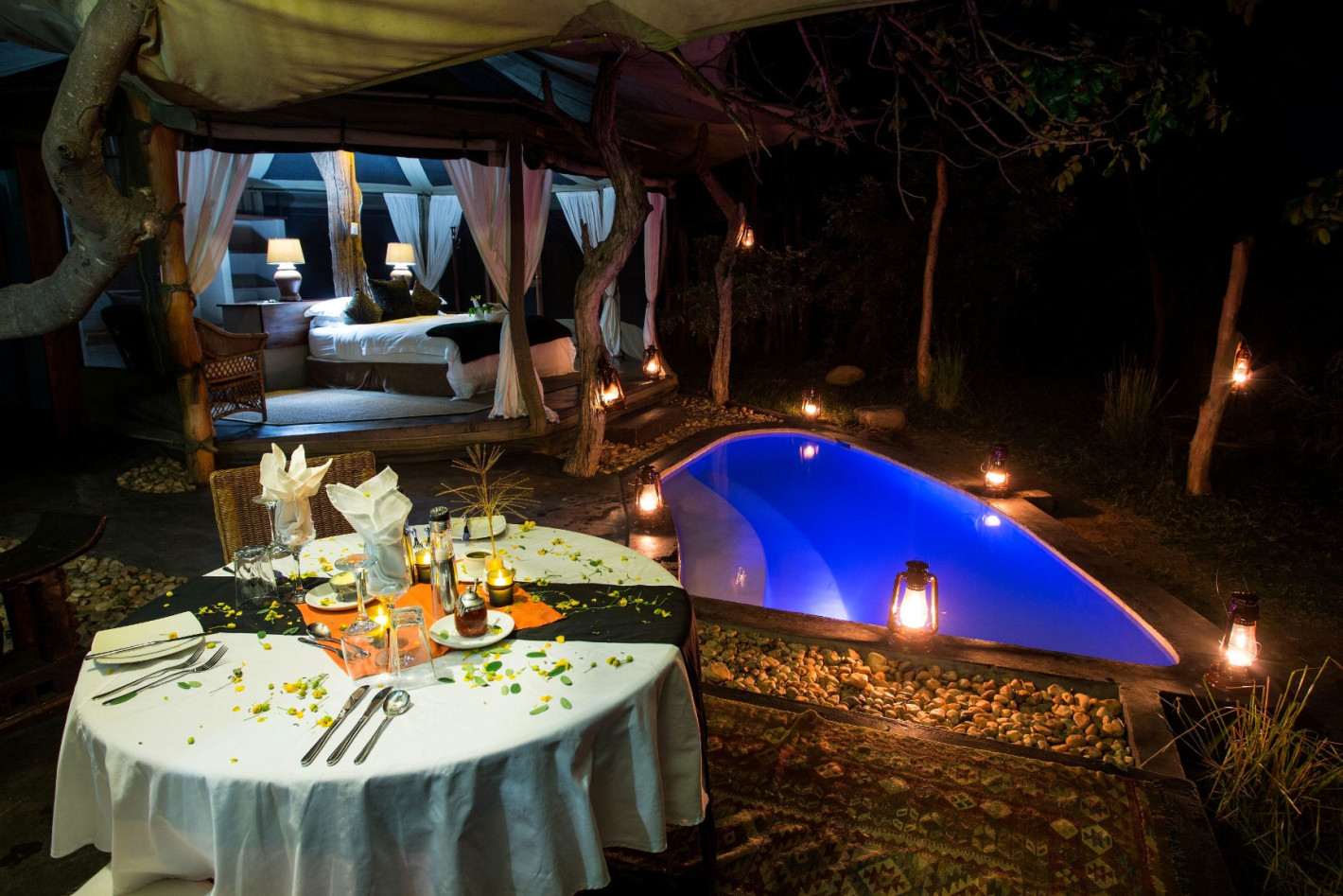 A romantic private dinner in Africa