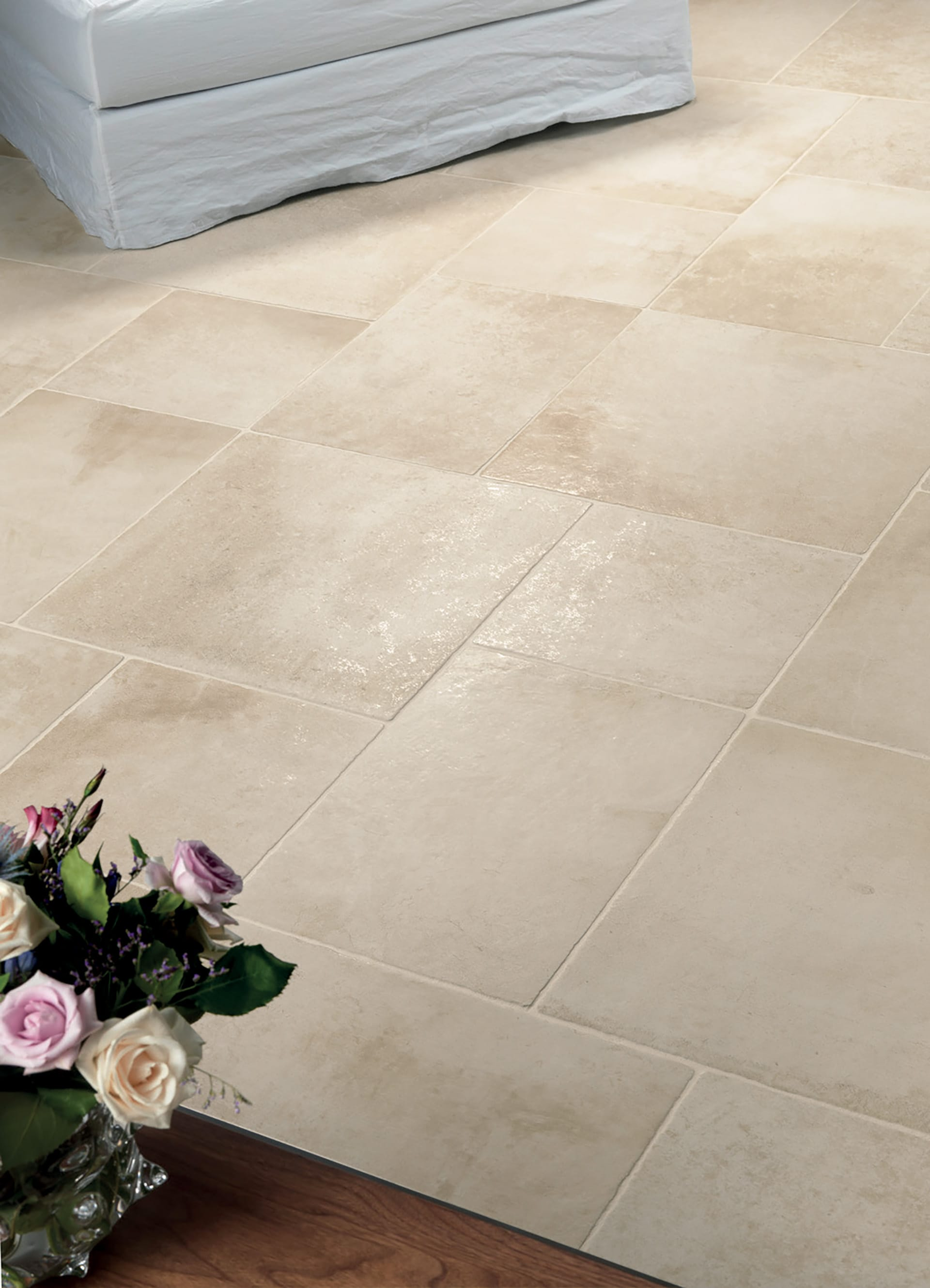 Stone effect tiles porcelain stoneware les dalles des for Carrelage 50x50