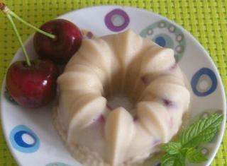 Come preparare un budino alle ciliegie